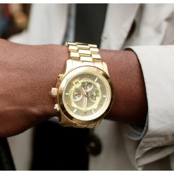 7a1f21d04458 Michael Kors Runway Oversized Gold tone Watch. M 5abee8b661ca10aaf36dbb07